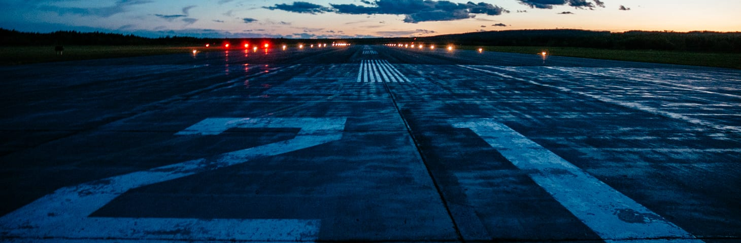 hours-Airport-Exterior-014